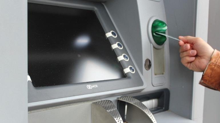 Специалист назвала алгоритм действий при сбое в работе банкомата