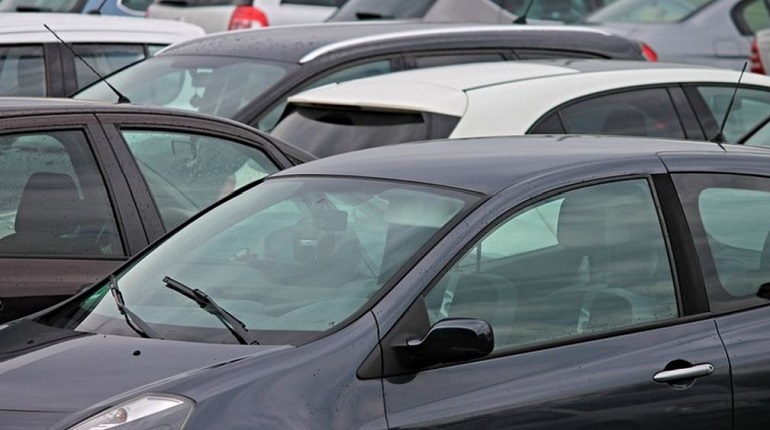 В Шушарах появилась новая городская автостоянка