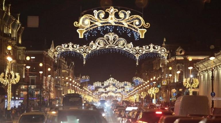 Петербург вошел в число городов, куда россияне мечтают улететь на Новый год