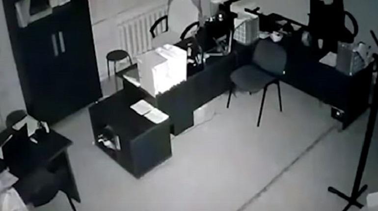 Камеры зафиксировали момент взрыва газа в Магнитогорске