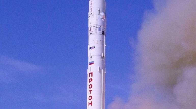 C Байконура стартовала ракета-носитель «Протон-М» с военным спутником