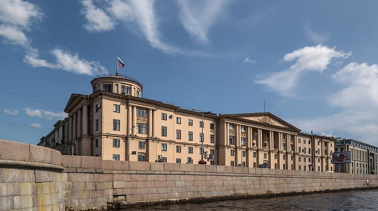 Здание Администрации Калининского района.