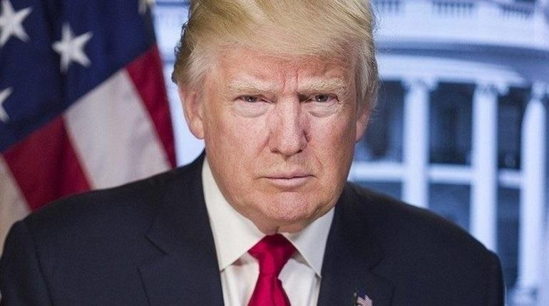 «Стена близко»: Трамп снова использовал слоган «Игры престолов»