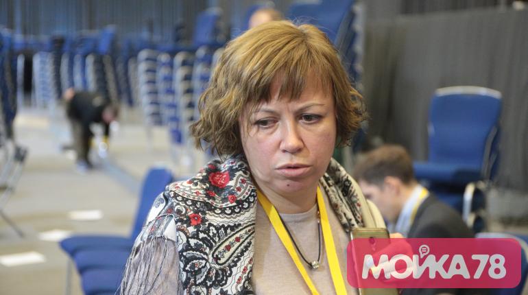 Алла Андреева ждет в Смольном встречи с Бегловым наедине
