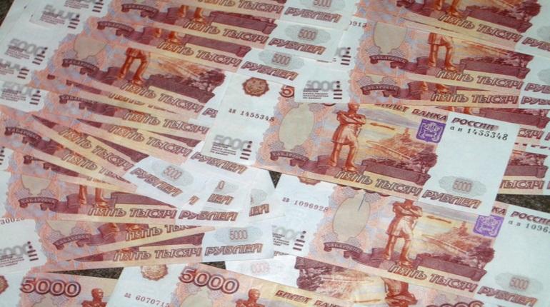 Пенсионерка потеряла почти 400 тыс. рублей из-за мошенников