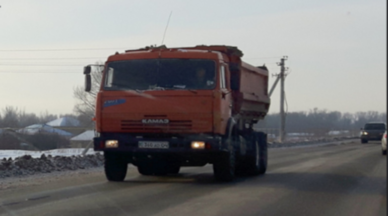 Полиция разыскивает похитителей КАМАЗа за 6,1 млн рублей в Пикалево