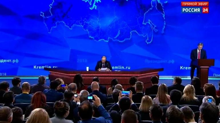 Путин: Россия не мешает движению судов по Керченскому проливу