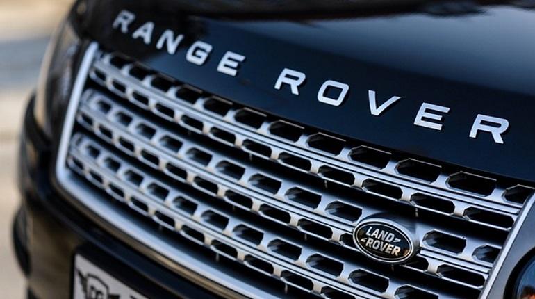 У сотрудницы МЧС в Петербурге угнали Range Rover. Фото: Range Rover