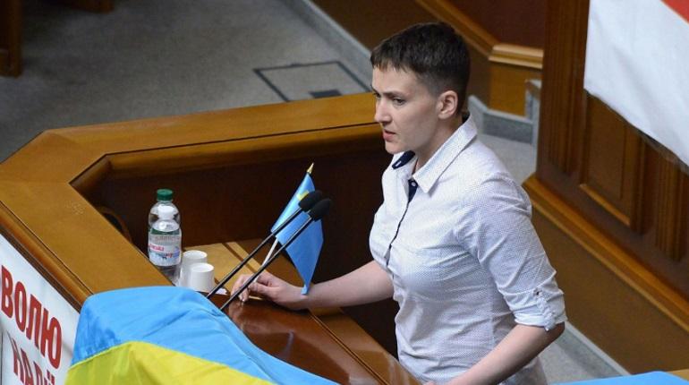 На Украине суд освободил Савченко из-под стражи