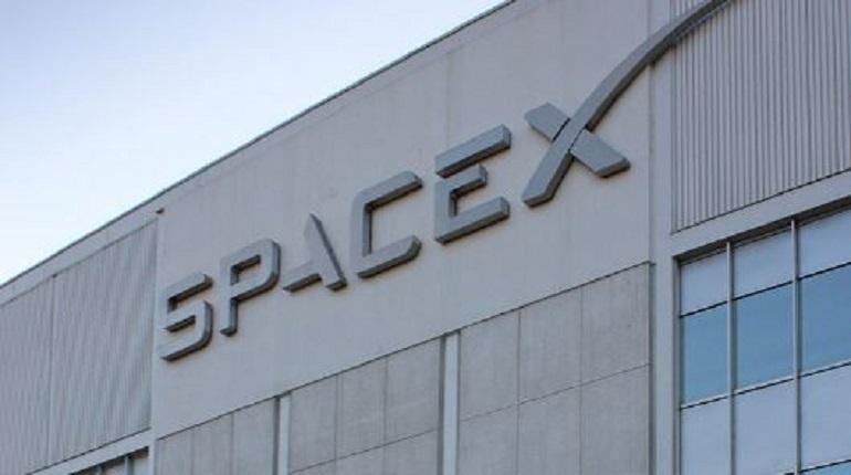 Компания SpaceX. Фото: Википедия