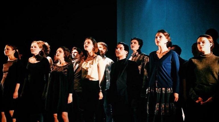 Стажерская труппа театра «Мастерская» представит спектакль «Довлатов. P.P.S.»