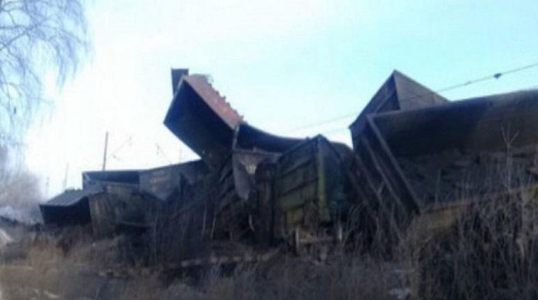 Под Иркутском с рельсов сошли 29 вагонов с углем. Фото: Пресс-служба ГУ МЧС России по Иркутской области