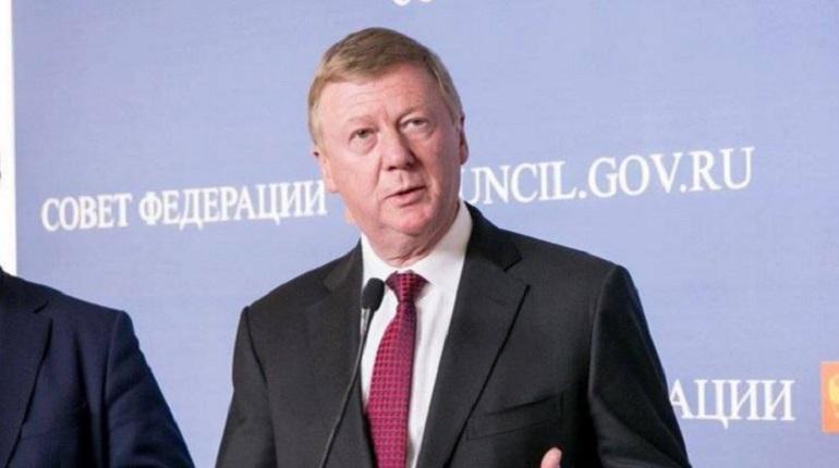 Чубайс вспомнил про зарплату в $12 в ответе на критику Захаровой