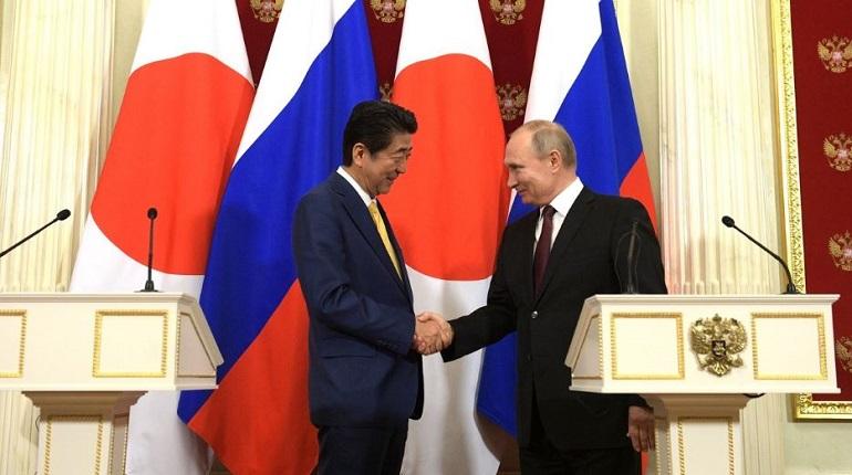 Синдзо Абэ и Владимир Путин. Фото: kremlin.ru
