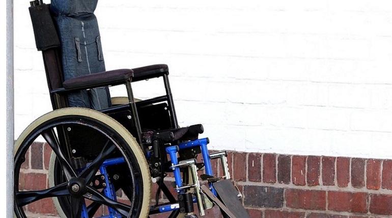 В Смольном представили новогоднюю программу для инвалидов