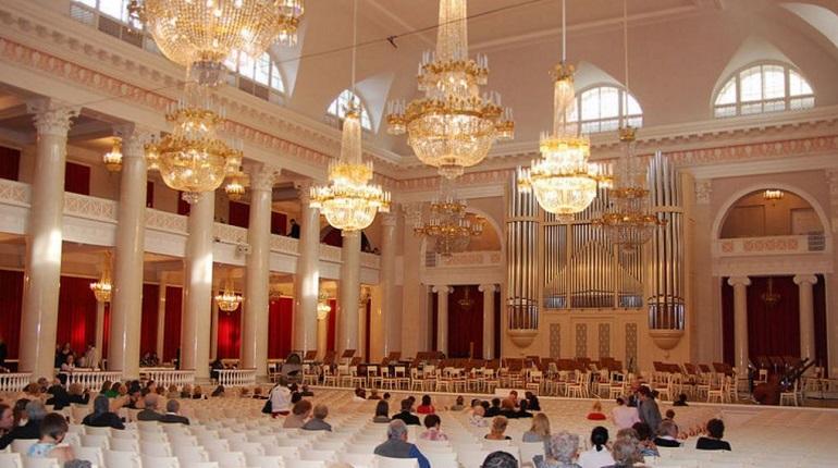 Петербургская филармония отменила фестиваль «Площадь Искусств» из-за COVID-19