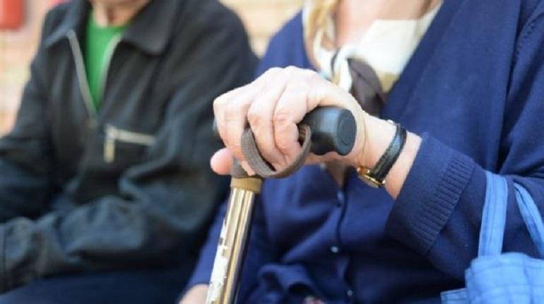 В Смольном рассказали, как пенсионерам получить выплату за самоизоляцию