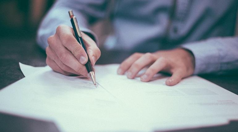 Азербайджанца отправили за решетку за фиктивную сделку с недвижимостью