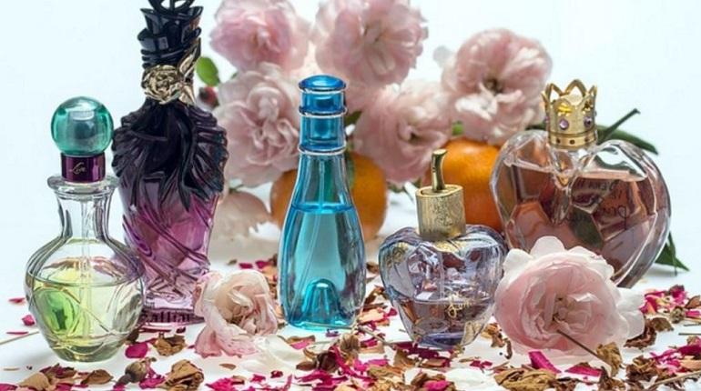 Петербуржцы без нюха из-за COVID-19 лишают выручки парфюмерные магазины