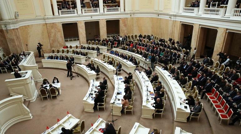 Петербургские депутаты отмечают Международный день неудачника