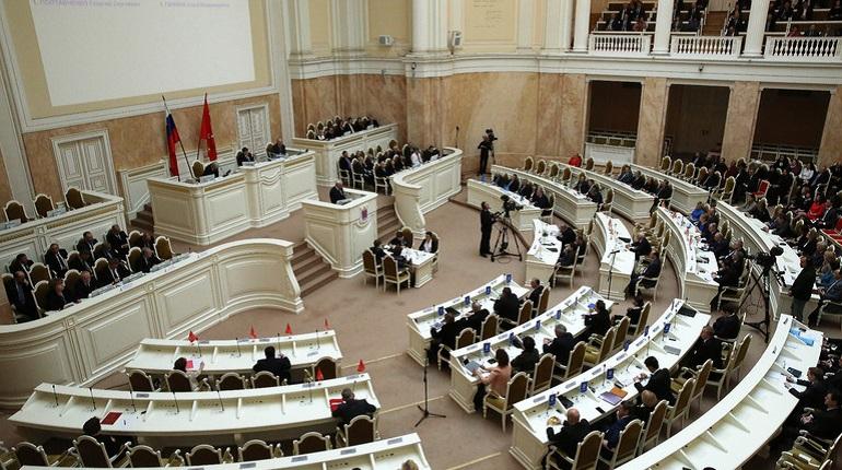 Депутаты проголосовали за премии для петербургских инноваторов