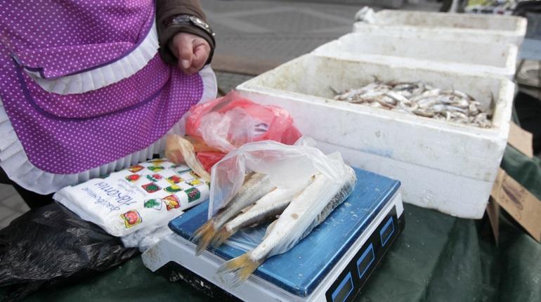 Торговля на улицах Петербурга. Фото: Baltphoto/ Ирина Мотина