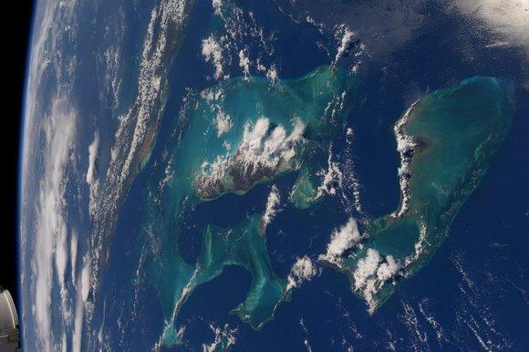 Магнитный полюс Земли держит курс на Сибирь