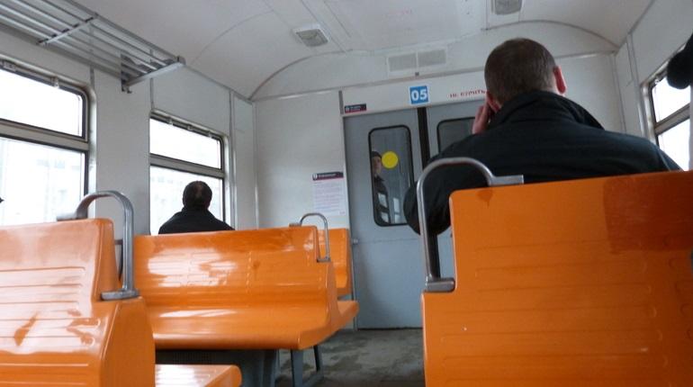 На выходных увеличится количество пригородных поездов в Петербурге и Ленобласти