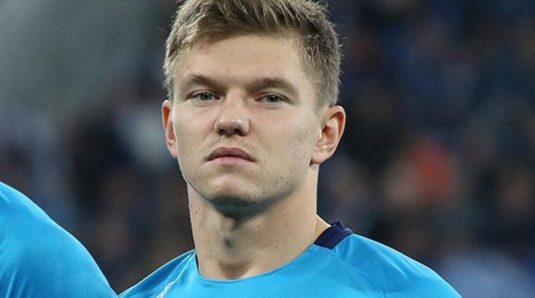Игрок «Зенита» Олег Шатов перешел в «Рубин»