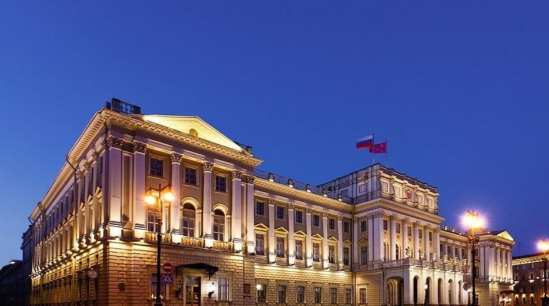 В Мариинском дворце началось заседание ЗакСа