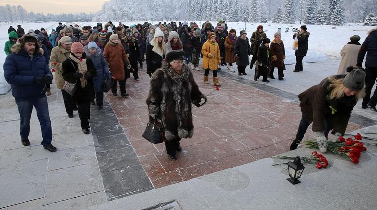 В Петербург приедут блокадники из 22 стран. Фото: Baltphoto