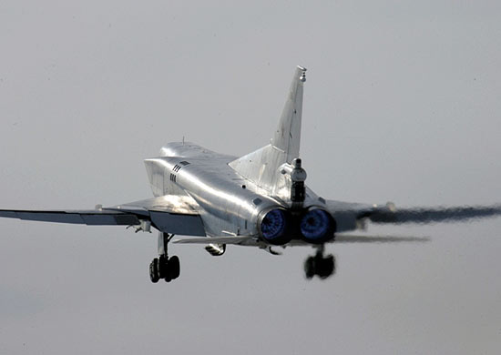Минобороны: Ту-22МЗ упал из-за сильного снегопада