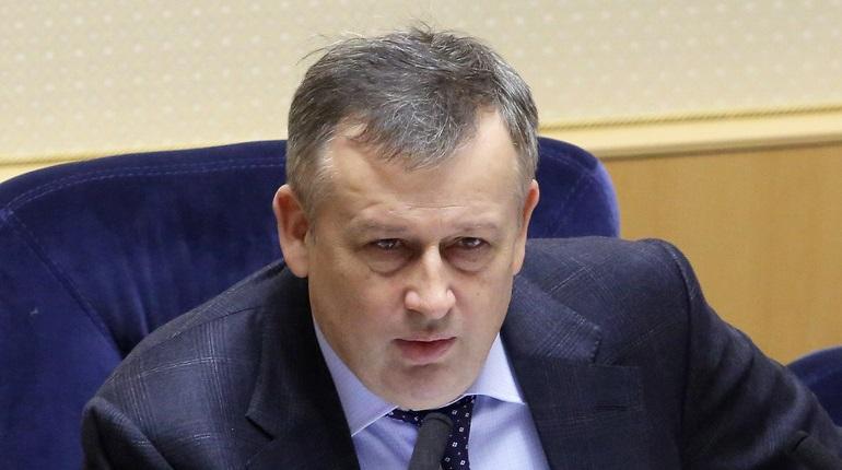 Губернатор Ленобласти побеседует с жителями региона по телефону