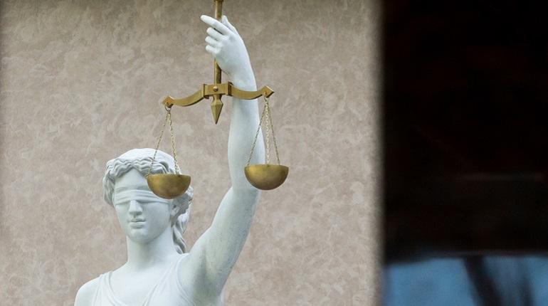 В Петербурге суд отпустил из СИЗО под домашний арест экс-замначальника отдела ГИБДД