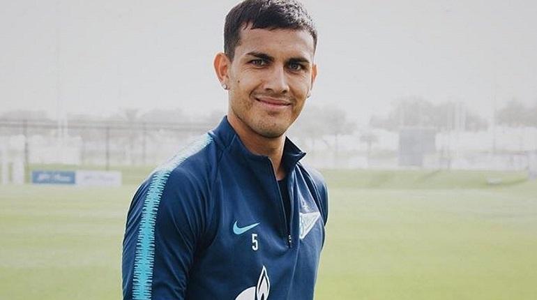 Паредес прибыл в Париж подписывать контракт с «ПСЖ»