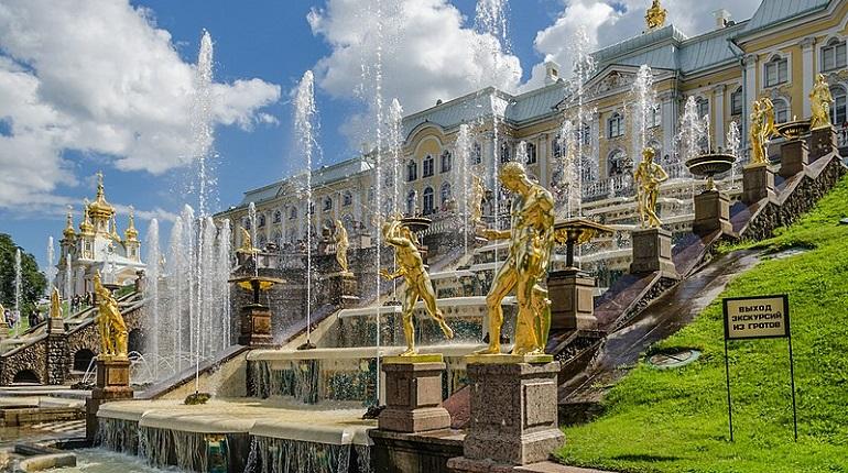 В музее-заповеднике «Петергоф» завершают сезон фонтанов
