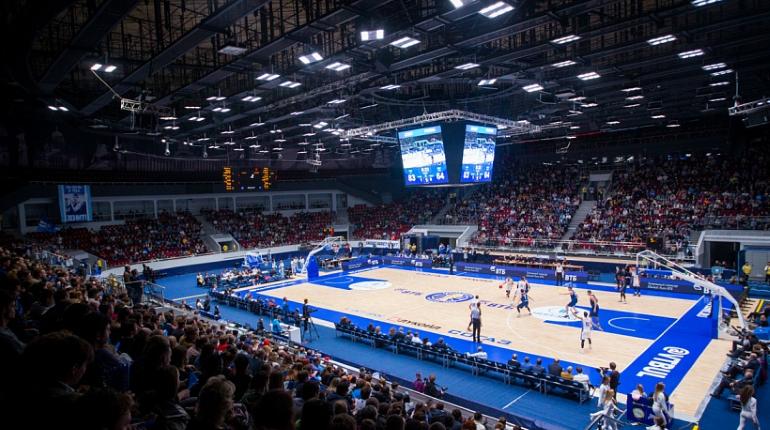 Баскетбольный «Зенит» нанес ЦСКА первое за год поражение