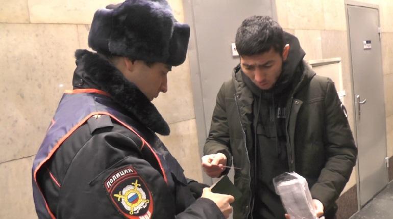 Милиция отыскала сотни нелегалов насевере Петербурга
