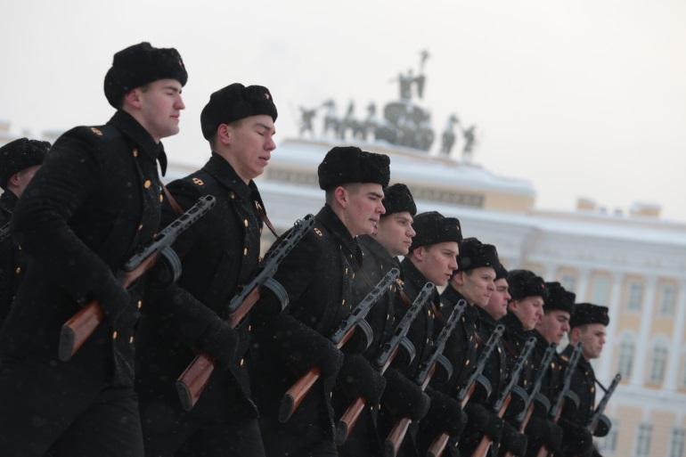 В Ленобласти на подготовку школьников к армии выделили 395 млн