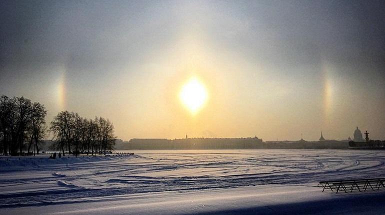 Гало над Петербургом. Фото: vk.com