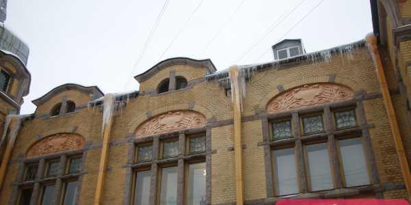 Опасные крыши Васильевского острова