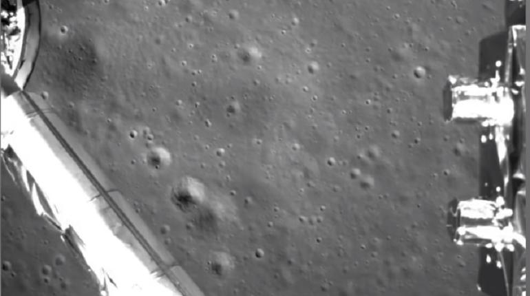 Китай опубликовал видео первой посадки на обратной стороне Луны
