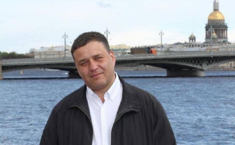 Владимир Сажин: стоит понять физику автомобиля, прежде чем садиться за руль в гололед