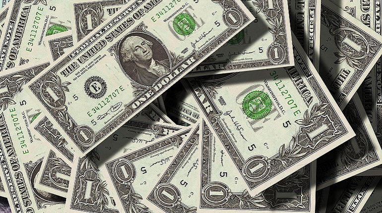 Курс доллара упал ниже отметки в 65 рублей. Фото: pixabay.com