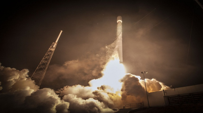Запуск Falcon 9. Фото: Twitter SpaceX