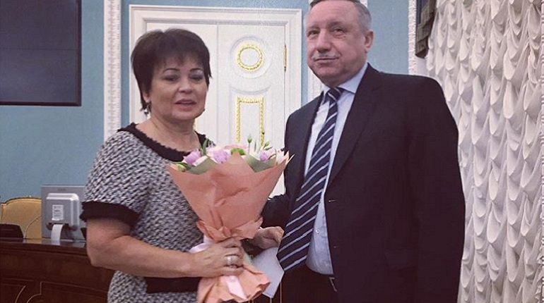 Александр Беглов наградил Любовь Совершаеву за заслуги перед Петербургом