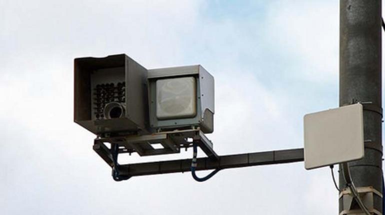В Госдуму внесут проект об обязательной установке знаков перед камерами