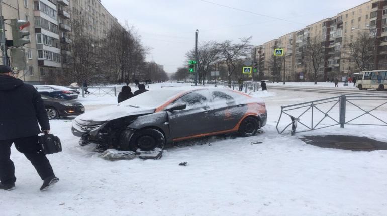 Роспотребназор собрал жалобы на каршеринг и такси