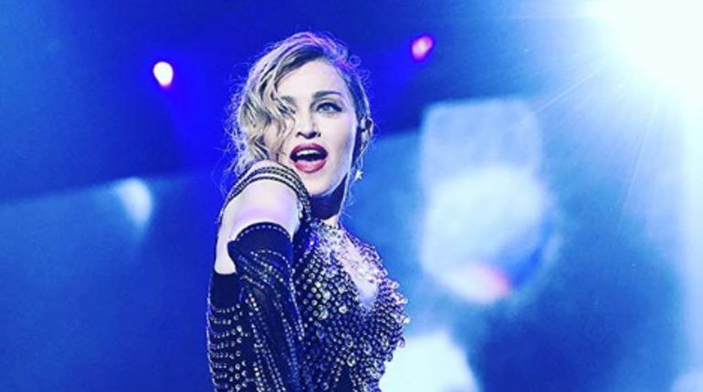 Мадонна вспомнила о миллионном штрафе за концерт в Петербурге