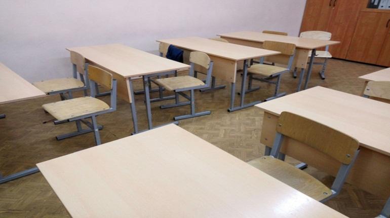 Начинается прием заявлений на прием детей в первый класс в Ленобласти